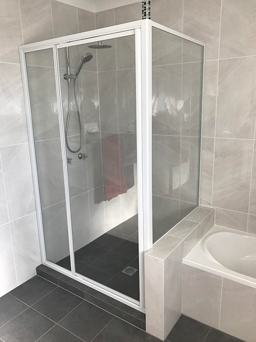 Fully Framed Shower Screens